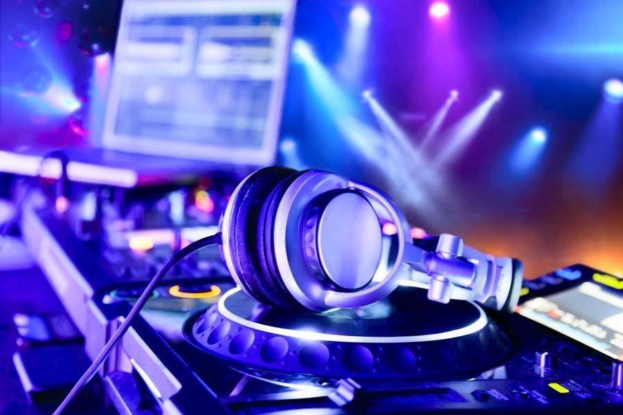 DJのイメージ