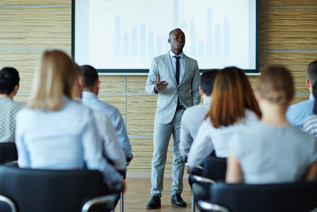 経営トップがリーダーシップを発揮する
