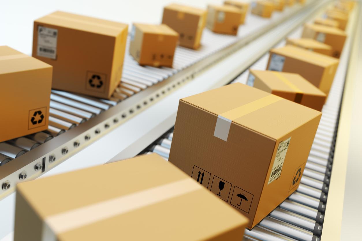 Amazonや楽天などEコマース市場の成長による宅配便取扱数の増加